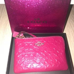 Coach Wristlet - Patent Leather Pink